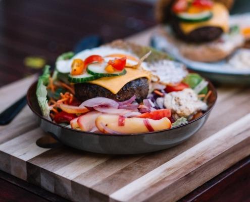 burger no bun salad