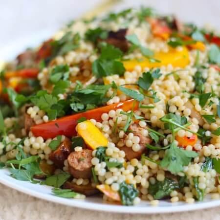 salade van parelcouscous met aubergine en paprika